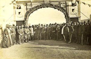 Торжественное открытие станции в Беэр-Шеве 17 октября 1915 года. Англичане неоднократно бомбили эту станцию