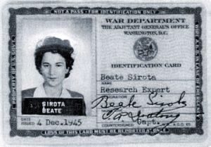 Военное удостоверение Беаты Сирота