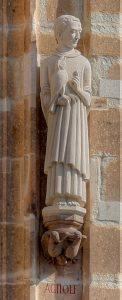 Фигура Агилольфа на башне кёльнской ратуши