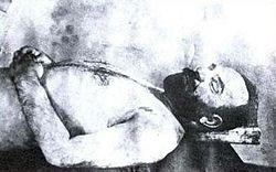 Тифлис, 1922 год. Заочно приговоренный константинопольским военным судом к повешению Джемаль-паша был выслежен и убит членами партии «Дашнакцутюн» (Армянская Революционная Федерация)