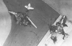 Уничтоженные на аэродромах египетские самолеты - 5 июня 1967 года