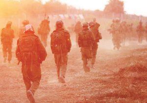 Вторая ливанская война: солдаты идут вперед