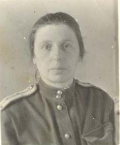 Мама Ханна-Анна Геллер