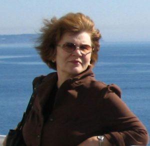 Ася Крамер: Прогулка по параллелям