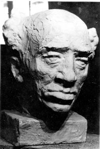 Бюст работы скульптора Д. Гликмана