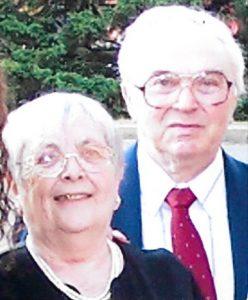 Супруги Айзены: Михаил Борисович и Муся (Молвина) Абрамовна (Девичья фамилия Юсим), 2004 год