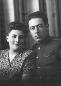 5. Вера и Михаил Бондарь. 1946 г