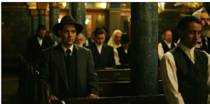 Рис.9. Кадр из фильма. Мо Берг в Цюрихской синагоге.