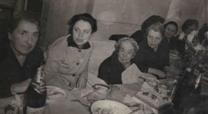 снимок из фотоальбома Л.Б. Утевской
