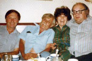 В. Фрумкин, В. Некрасов, Л. и Н. Коржавины. Вермонт, 1982