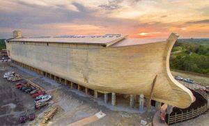 «Точная полноразмерная копия ?» Ноева Ковчега длиной 155 м. США, Кентукки