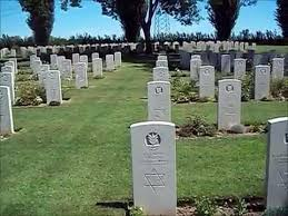 Военное кладбище под Равенной. Здесь похоронено 33 бойца Бригады