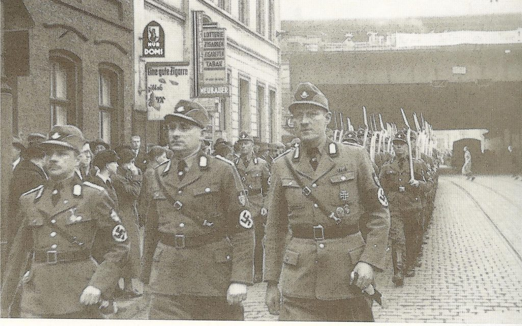 Пропагандистский марш в честь выборов и референдума 10 апреля