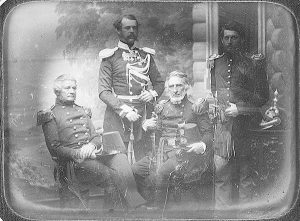 Комиссия Делафилда. Слева направо: майор Альфред Мордекай, подполковник Обресков, майор Ричард Делафилд, капитан Джордж Макклеллан. Петербург, 1855