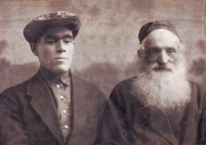 Лейба Лиснянский с сыном Кусиелем. 1928 г. (фотография из архива Н. Вассерман).