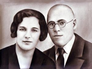 Голда и Кусиель Лиснянские (фотография из архива Н. Вассерман).