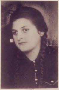 Клара Шварц в 1942 году