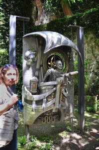 Памятник Колумбу работы Франка Майслера в Еврейском музее в Жироне
