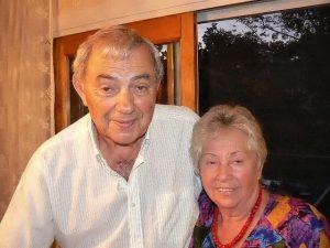 Мои друзья Слава и Галя Залевские у себя дома в Коннектикуте. К сожалению, Гали больше нет с нами